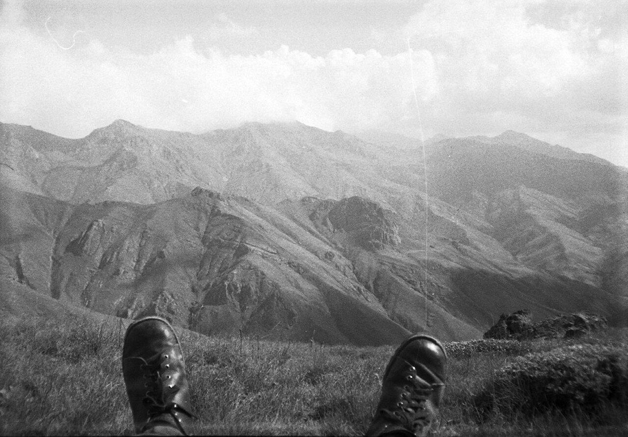 114mano-batai-kalnuose.jpg