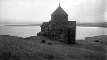 320 bažnyčia prie Sevano