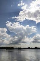 Užutrakis · Galvės ežeras, debesys