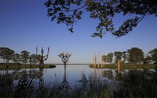 Juodkrantė · Gintaro įlanka, nendrinės skulptūros 3301