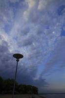 Juodkrantė · marių krantinė, debesys, vakaras 3341