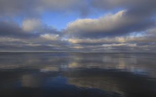 Juodkrantė · marios, debesys 3502