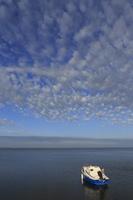 Juodkrantė · marios, kateris, debesys 1428