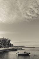 Juodkrantė · marios, krantinė, kateris, debesys 1430