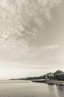 Juodkrantė · marios, krantinė, debesys 1434