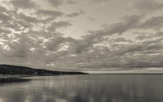 Juodkrantė · marios, debesys 1524
