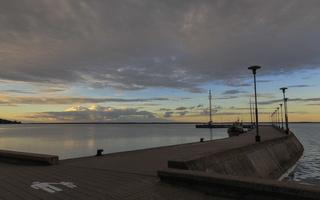Juodkrantė · marios, debesys, molas 1672