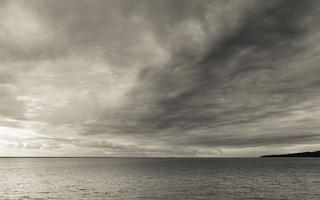 Juodkrantė · marios, debesys 1676