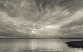 Juodkrantė · marios, nendrės, debesys 1693