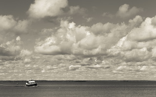 Juodkrantė · marios, laivas, debesys 1760