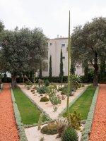 Bahai Gardens in Haifa P1030589