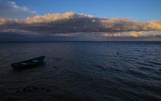 Juodkrantė · marios, debesys, saulėlydis. valtis 4740