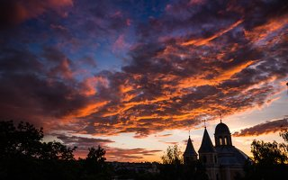 Vilniaus Trinitorių bažnyčia · saulėlydis 8582