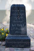 Trakų Vokė · paminklas koplyčios sargui, žuvusiam per apiplėšimą 1883 metais