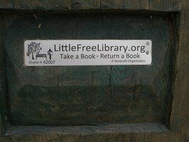 LittleFreeLibrary.org P1140194
