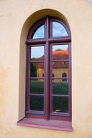 Liubavo dvaras · oranžerijos langas 0931