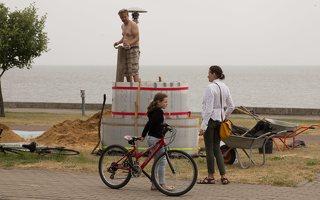 Andrius Sirtautas · smėlio skulptūra, pradžia 2504