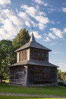Musninkų Švč. Trejybės bažnyčia 5175 · medinė varpinė