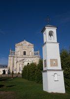 Šumsko Šv. arkangelo Mykolo bažnyčia 5310 · koplytėlė šventoriuje