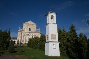 Šumsko Šv. arkangelo Mykolo bažnyčia 5311 · koplytėlė šventoriuje