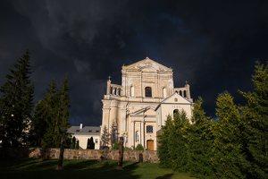 Šumsko Šv. arkangelo Mykolo bažnyčia 5384
