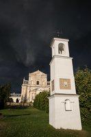 Šumsko Šv. arkangelo Mykolo bažnyčia 5390 · koplytėlė šventoriuje