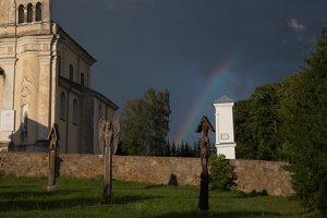 Šumsko Šv. arkangelo Mykolo bažnyčia 5397 · koplytėlė šventoriuje
