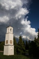 Šumsko Šv. arkangelo Mykolo bažnyčia 5419 · koplytėlė šventoriuje