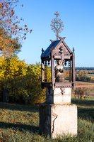senosios Onuškio kapinės · medinė koplytėlė 6948
