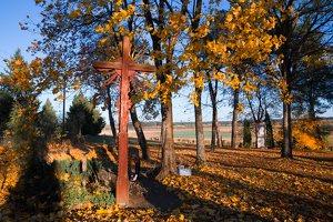 senosios Onuškio kapinės · partizanų kapai 6952