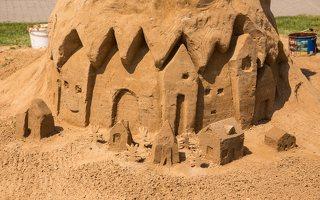 sogni di sabbia · smėlio sapnai 2061