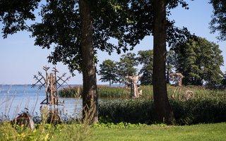 Gintaro įlanka · nendrinės skulptūros 4926